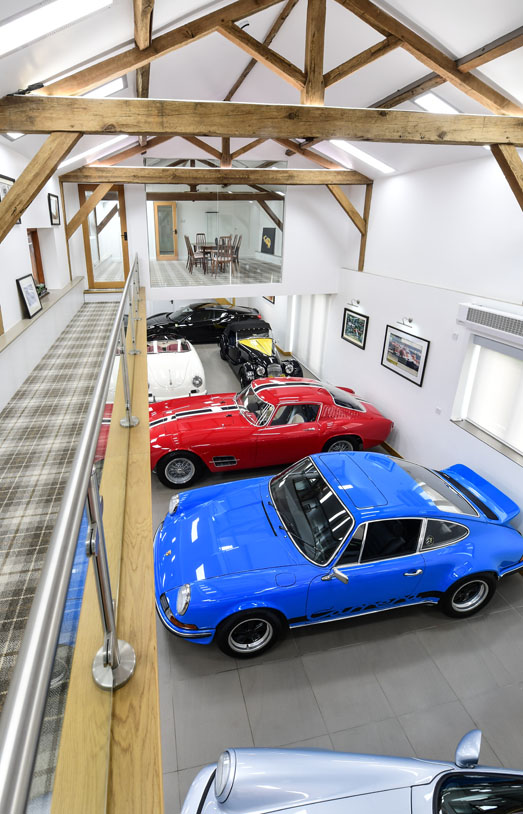 The Ferrari Specialists - Acquisition Consultancy