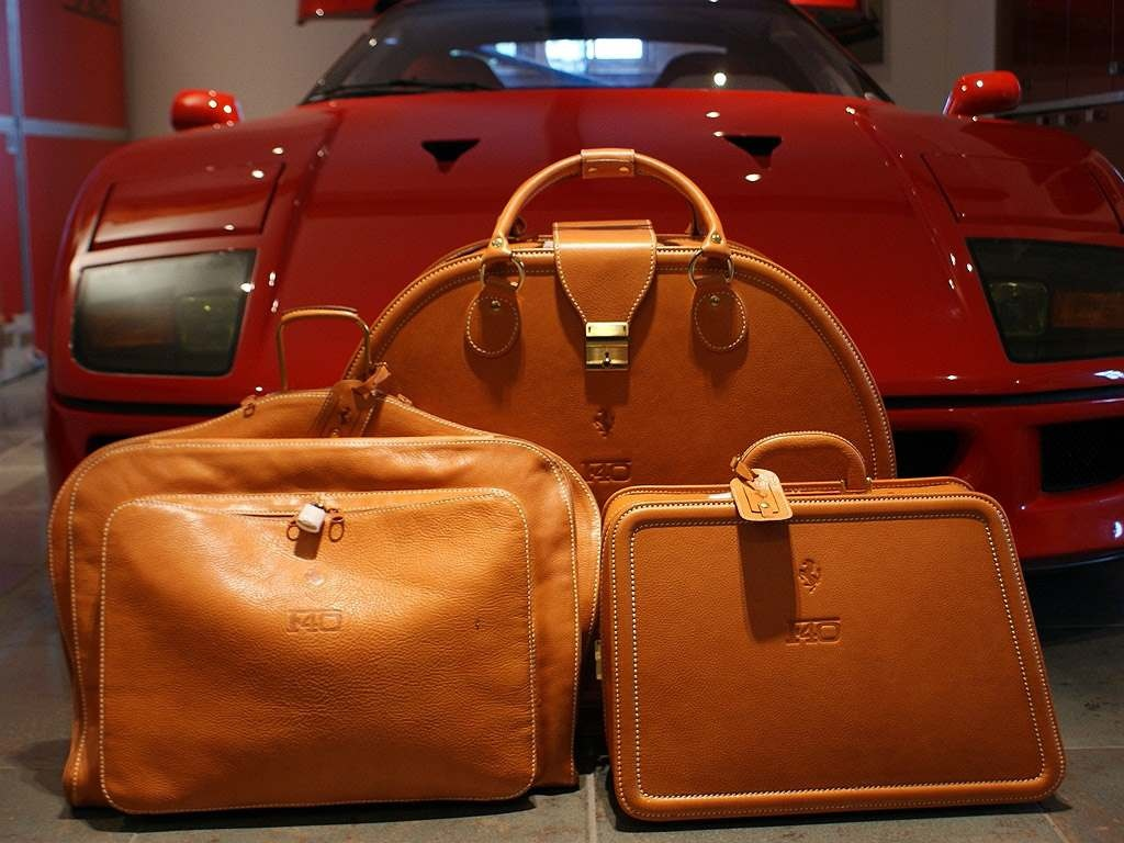 Ferrari F40 Luggage set for sale