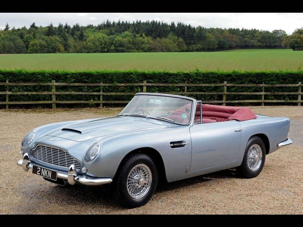 aston martin db5 convertible. Black Bedroom Furniture Sets. Home Design Ideas