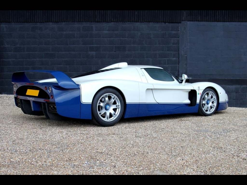 vehicle archive maserati mc12 vehicle sales dk engineering. Black Bedroom Furniture Sets. Home Design Ideas