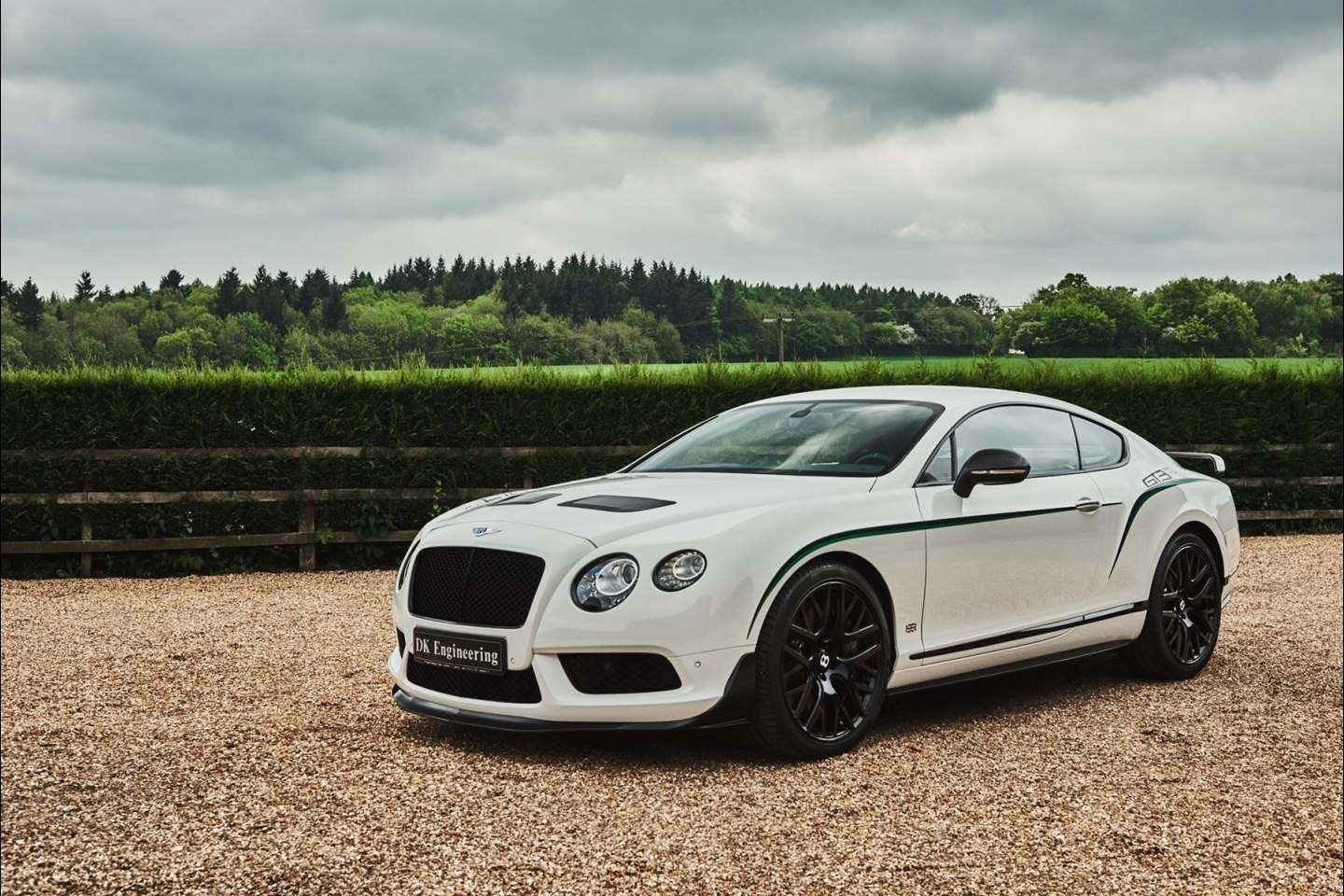 bentley continental gt3 r for sale. Black Bedroom Furniture Sets. Home Design Ideas