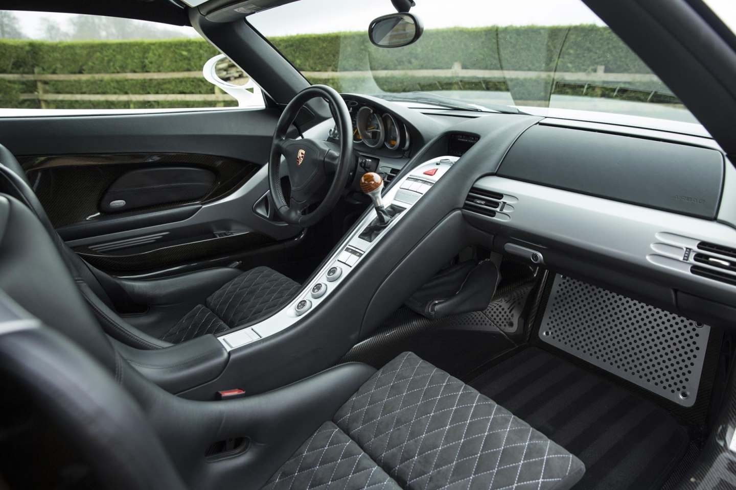 porsche carrera gt for sale. Black Bedroom Furniture Sets. Home Design Ideas
