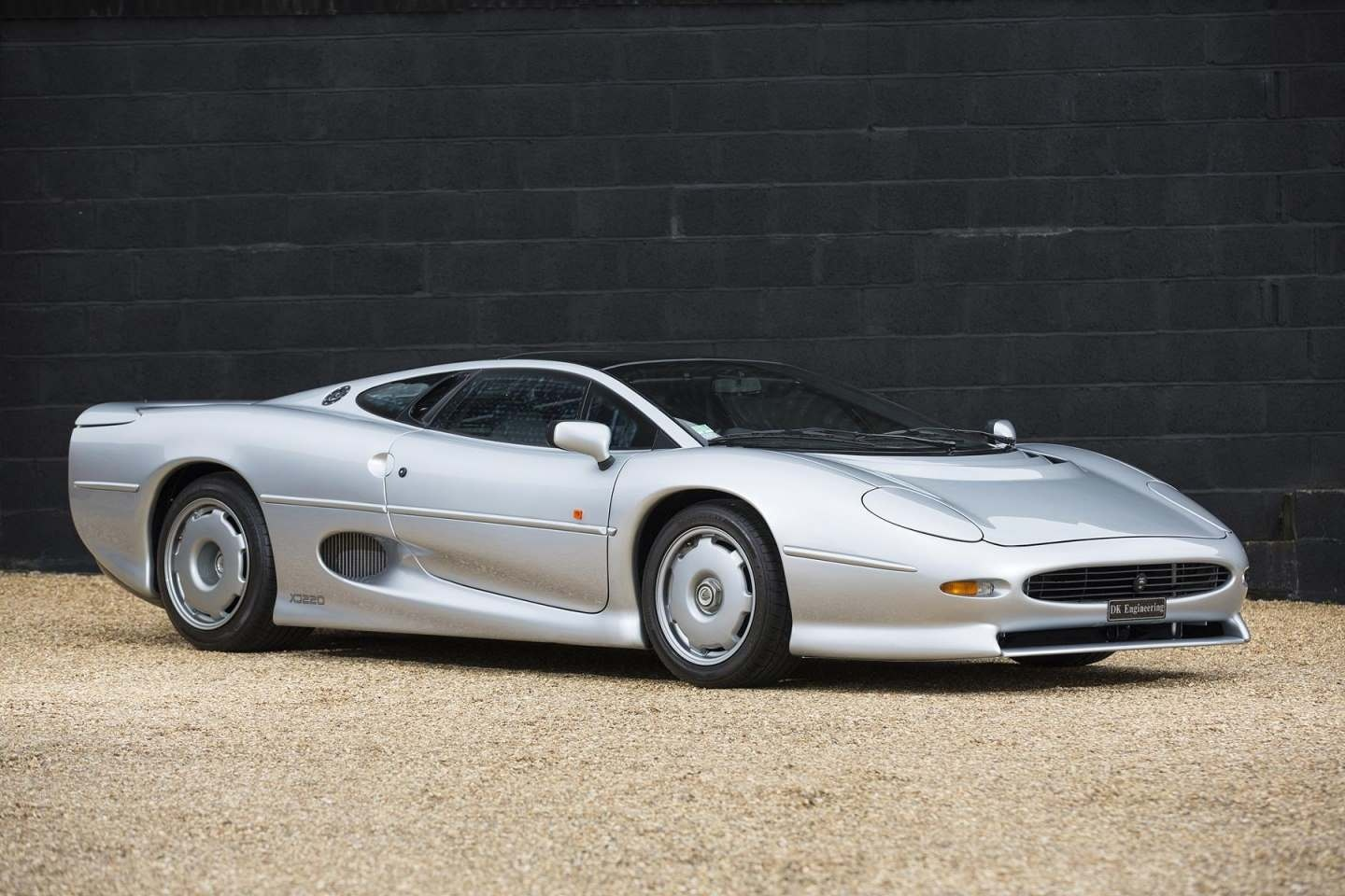 Porsche 959 For Sale >> Jaguar XJ220 for sale - Vehicle Sales - DK Engineering