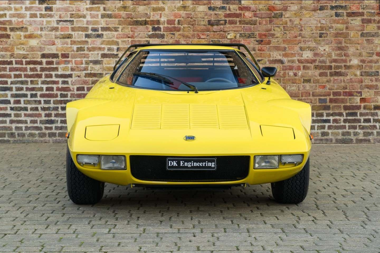 lancia stratos hf stradale for sale - vehicle sales - dk engineering